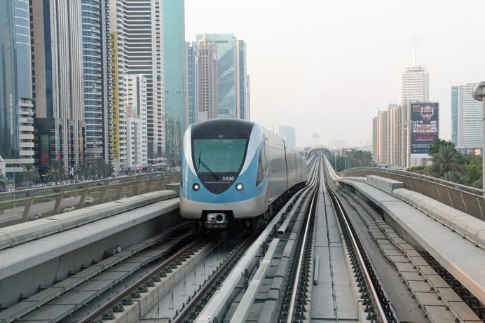 Etisalat and du mark Dubai Metro anniversary