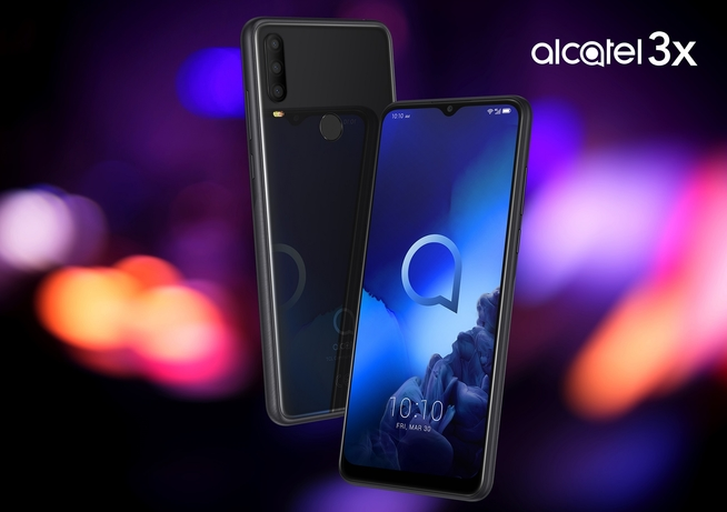 TCL Communication unveils its latest Alcatel mobile devices in the UAE