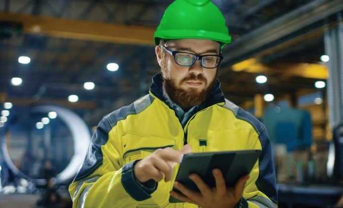 Schneider Electric offers regional firms free online monitoring and troubleshooting of IT equipment