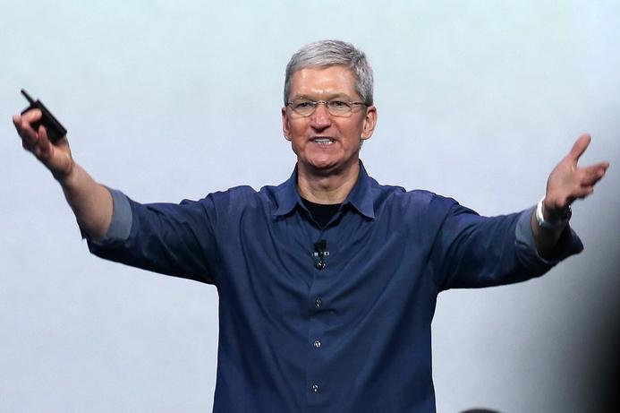 Apple's market cap breaks records after solar power announcement