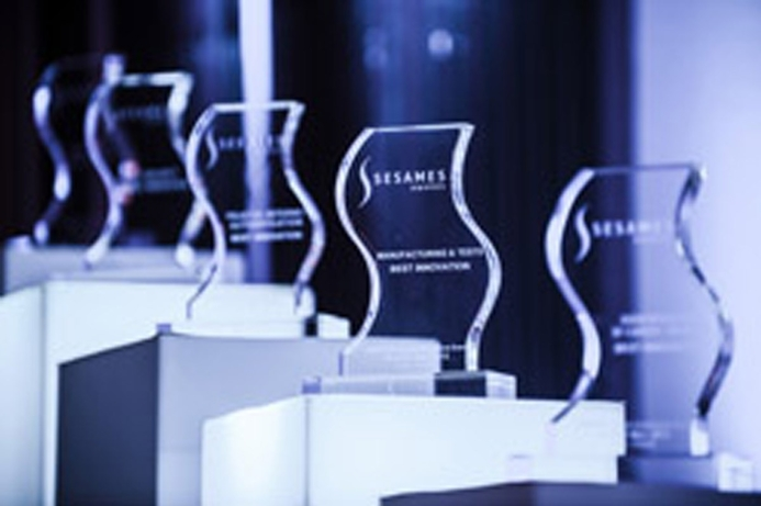 Emirates ID Wins SESAMES 2014 Award