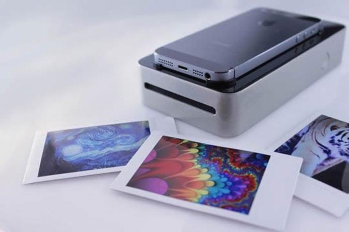 New device to print smartphone snaps as Polaroids