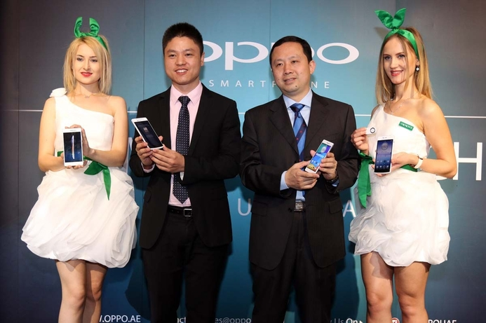 OPPO launches two flagship smartphones in UAE