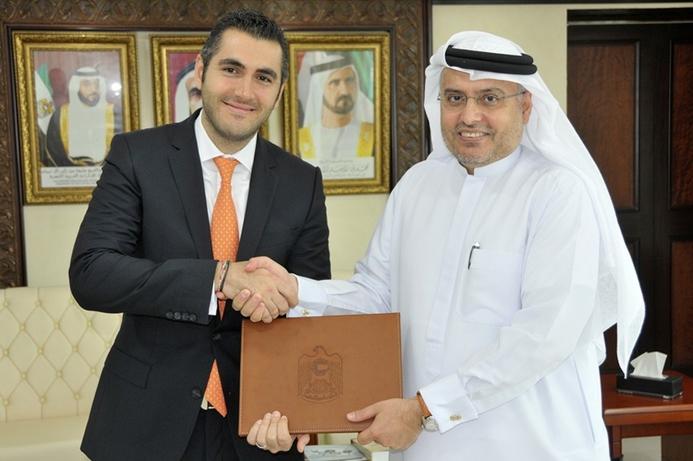 Ninety thousand UAE govt employees to join LinkedIn