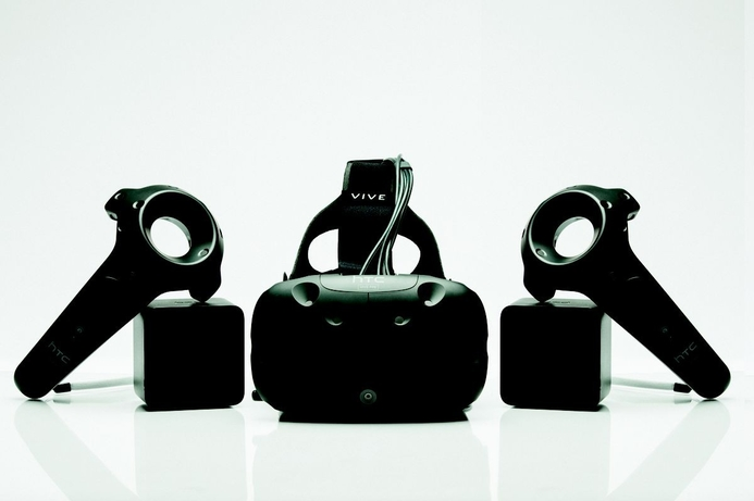 CES 2016: HTC announces updates to Vive VR headset