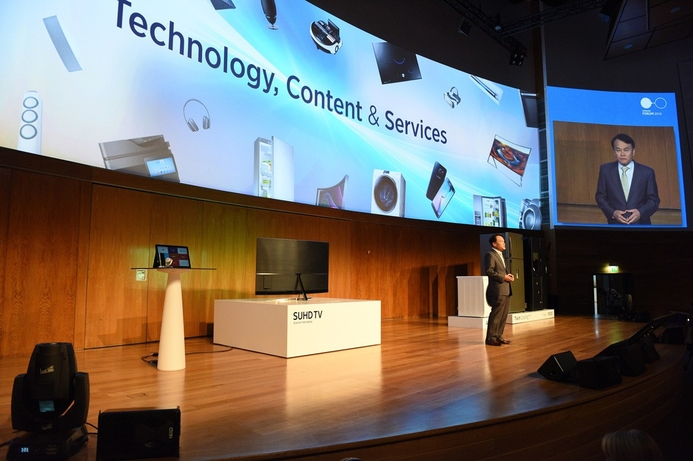 Latest in electronics, appliances on show at Samsung MENA Forum