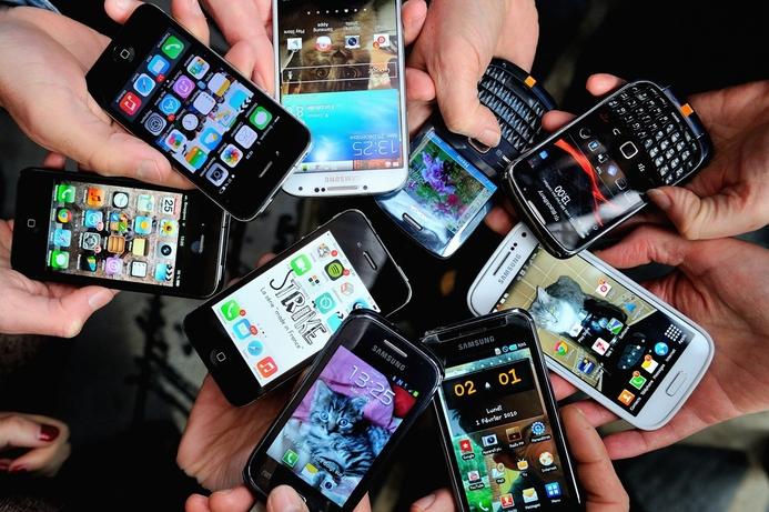 Global smartphone sales spike in Q1 2017