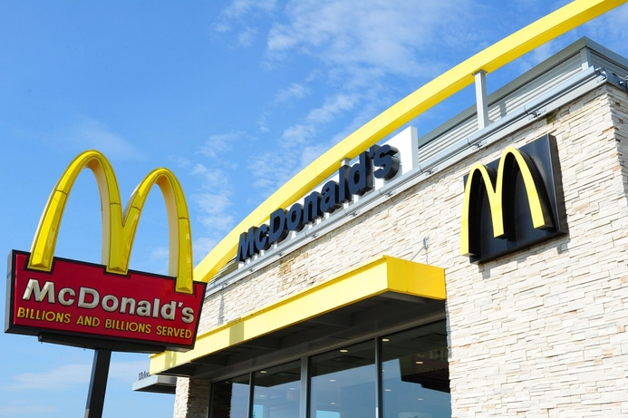 Etisalat signs with McDonald's in restaurant connectivity deal