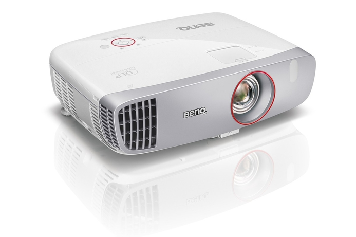 BenQ targets big-screen gaming with new home projector