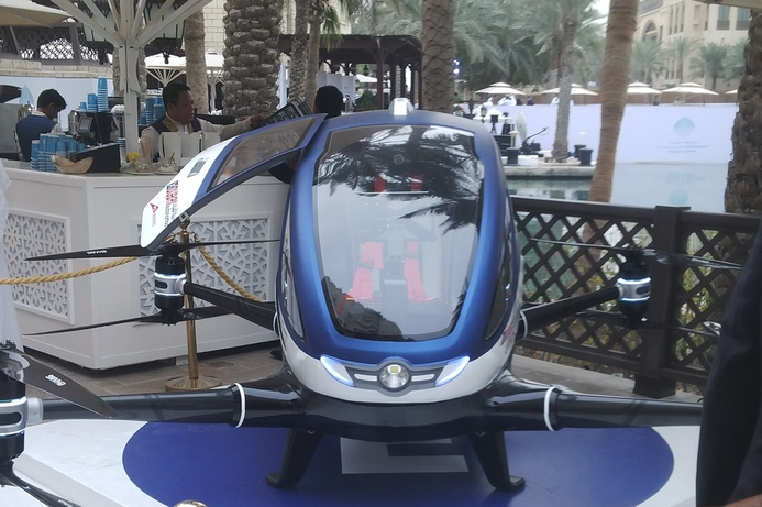 Dubai to trial flying taxis in Q4 2017