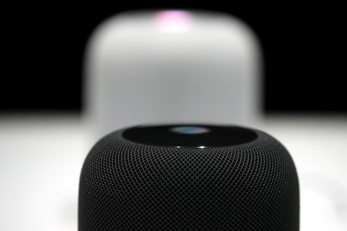 iPhone users can choose Google Assistant as default over Siri, report claims