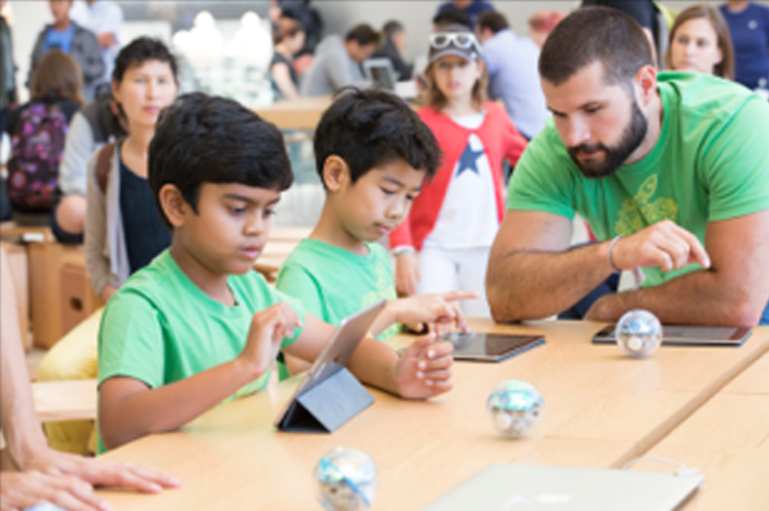 Apple opens free Summer Camp for kids