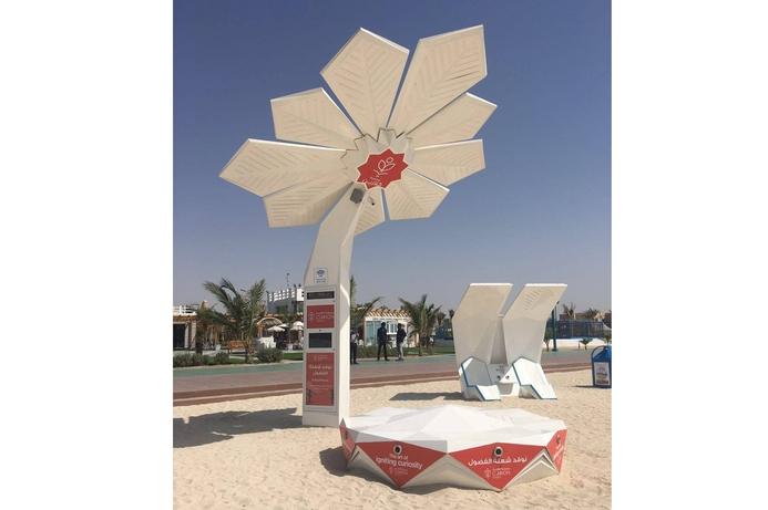 Smart palm trees offer free WiFi to Dubai beach goers