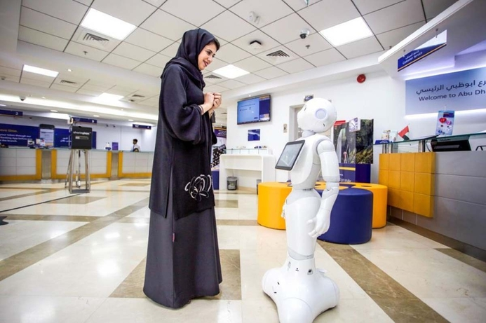 UAE banking robot learns Arabic to help more customers