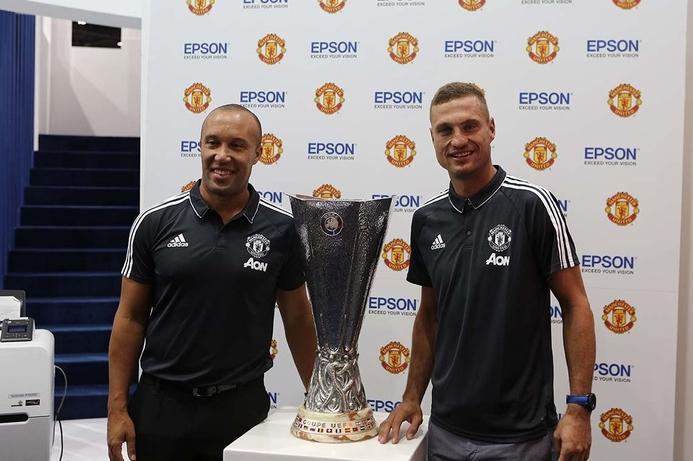 Manchester United legends visit Epson stand at GITEX