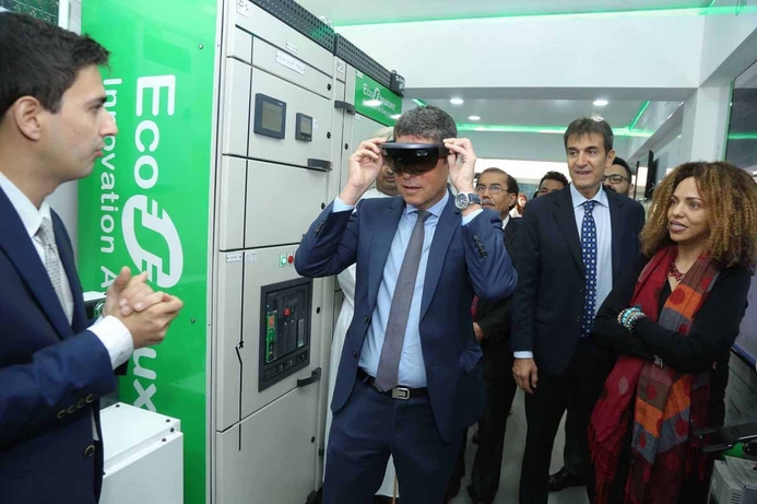 Schneider Electric showcases digital collaboration, productivity solutions