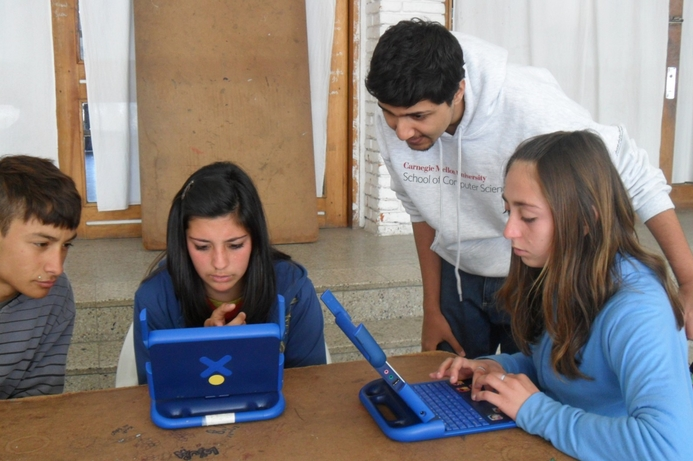 Carnegie Mellon Qatar students work on literacy project for Uruguay