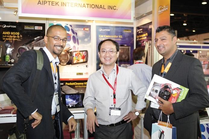 Aiptek shines light on value gear