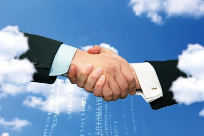 Collaboration key for cloud models to succeed; Oracle