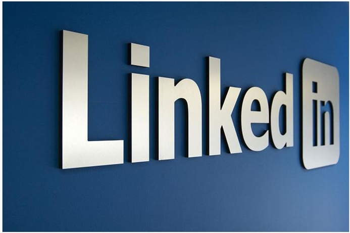 The top 5 ways to improve your LinkedIn profile