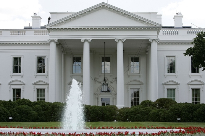 Hackers send fake AP 'White House bomb' tweet