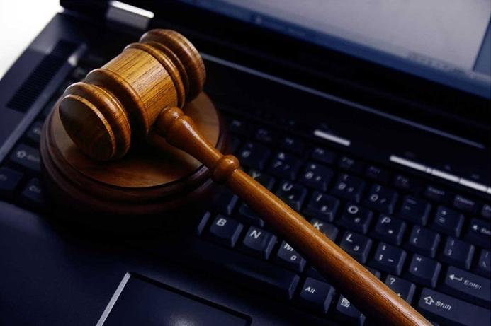 Saudi Arabia reviews social media laws