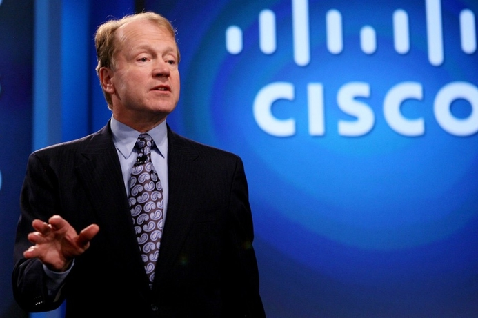 Cisco's John Chambers to step aside as CEO, Chuck Robbins to succeed