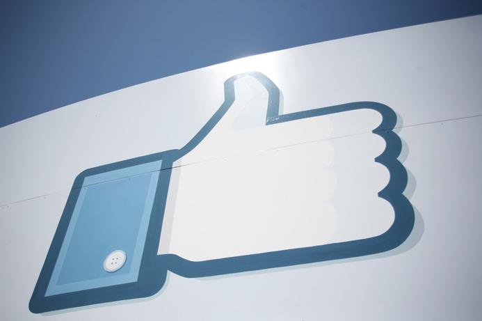 Facebook to double staff in Dubai