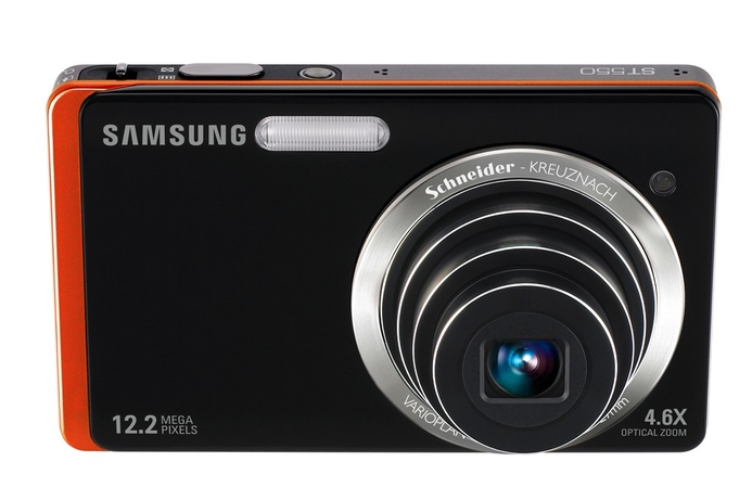Samsung puts two screens on new cameras