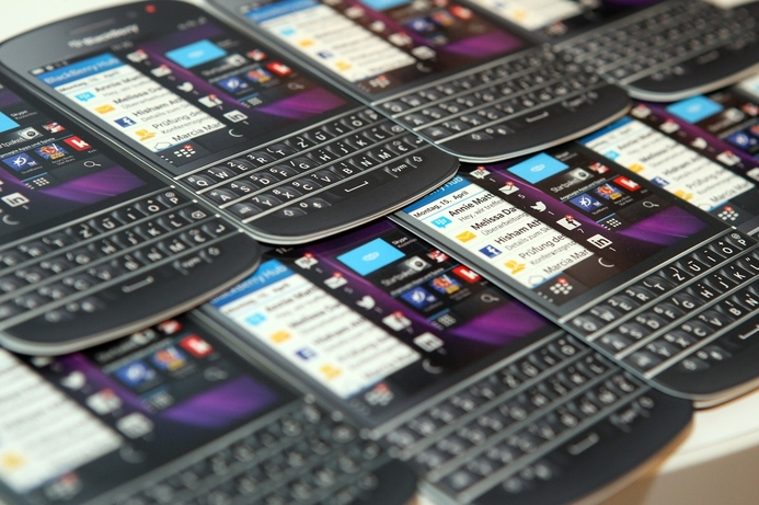 BlackBerry calls it quits and ends smartphone production
