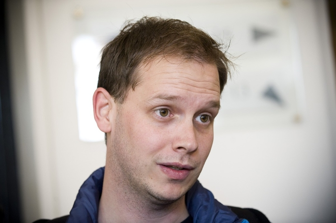 Pirate Bay 'copy' goes online after shutdown