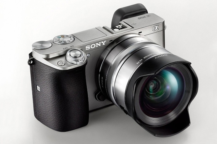 Sony launches Alpha A6000