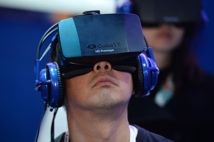 Facebook's Oculus to launch consumer VR units early next year