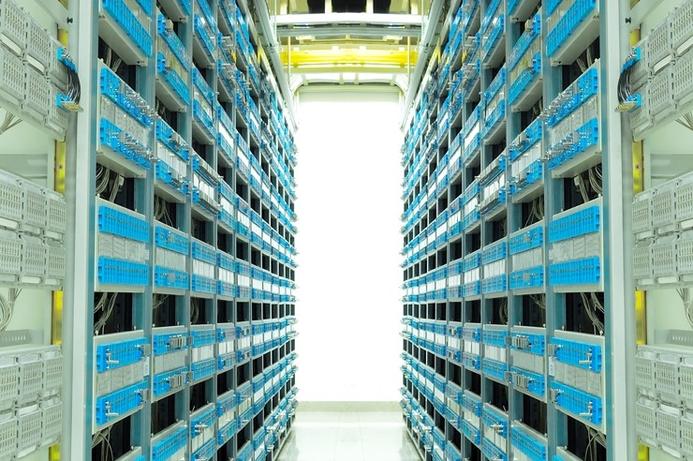 Oman Arab Bank upgrades with IBM