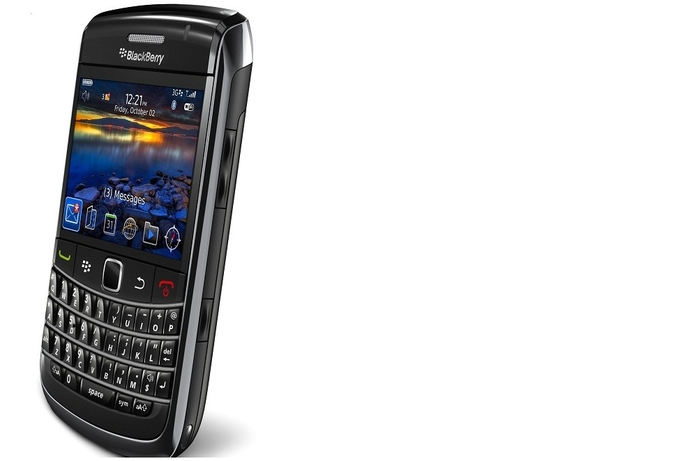 BlackBerry Bold 9700 price drops to AED 999