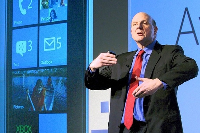 Lone voice calls for Ballmer to step down