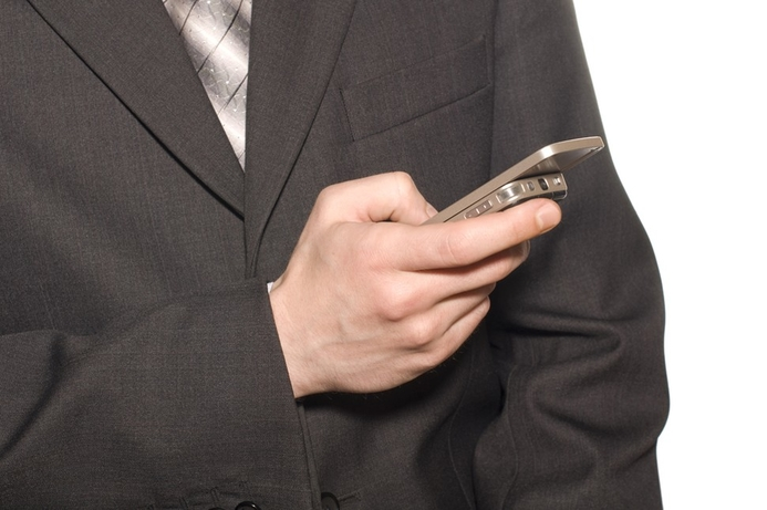 No health risk from mobile phones, says UK govt