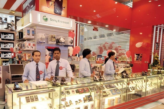 UAE retailers mull iPad price cuts to fight Apple store