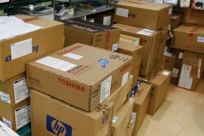Smartphone shipments outstrip PC shipments in Q4