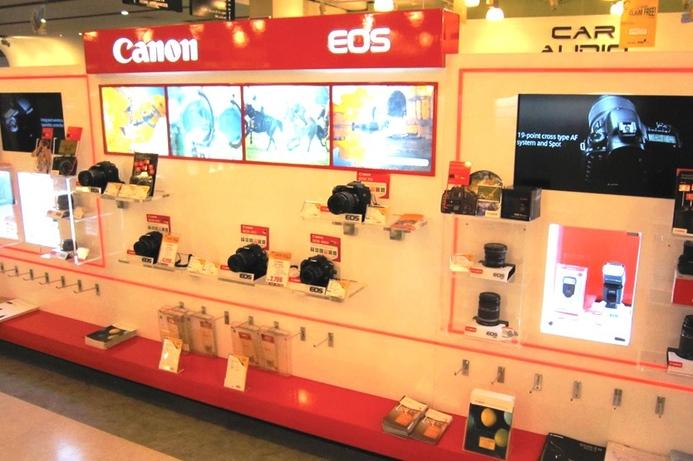 Sharaf installs Canon zone at flagship Dubai store