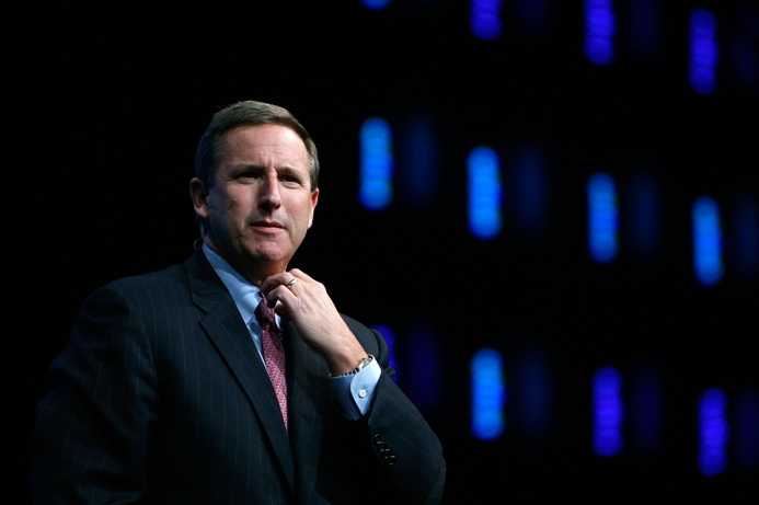 Hurd confirms Oracle move, takes on IBM