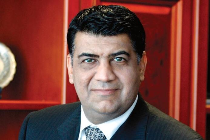 Al Abdooli starts work as CEO of Etisalat UAE