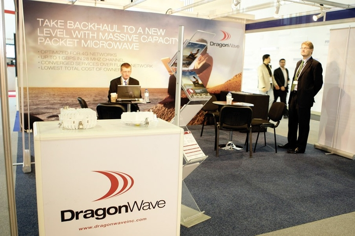 DragonWave inks key deal