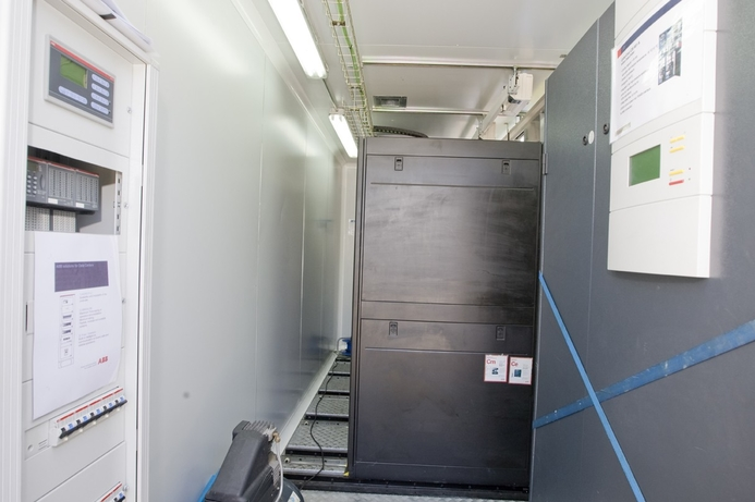 IBM shows off mobile data centre