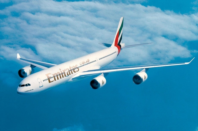Emirates launches free tablets service after US electronics ban