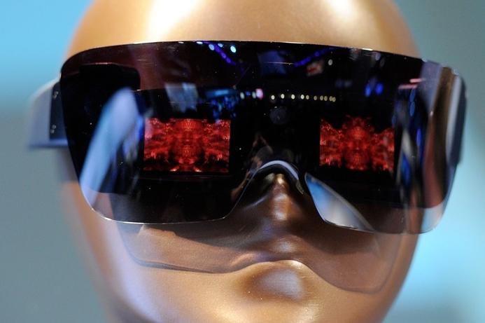 Polaroid fuses fashion with function