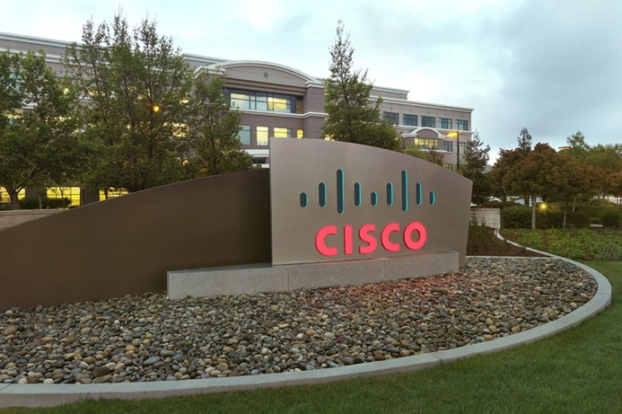 Cisco beats quarterly estimates on strong switch, router sales