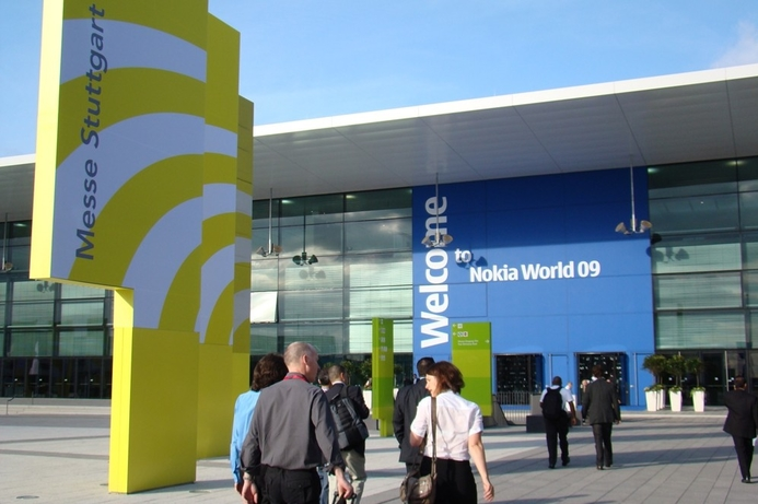 Nokia goes on offensive with new offerings