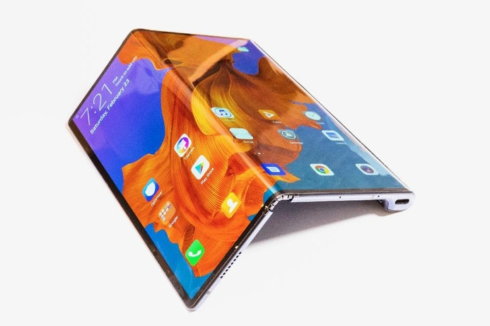 Huawei shows foldable phone at MWC 2019