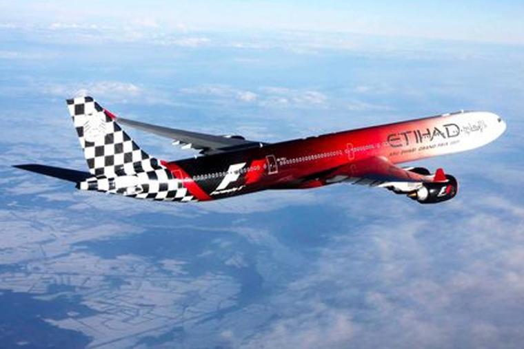 Etihad launches in-flight connectivity